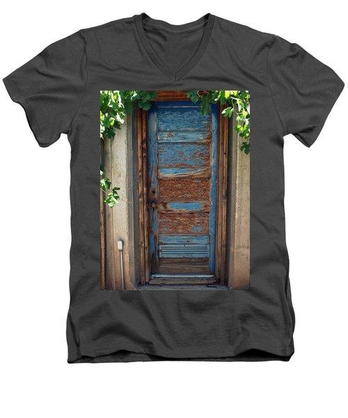 Lusk Farm Men's V-Neck T-Shirt