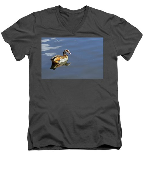 Egyptian Goose Men's V-Neck T-Shirt