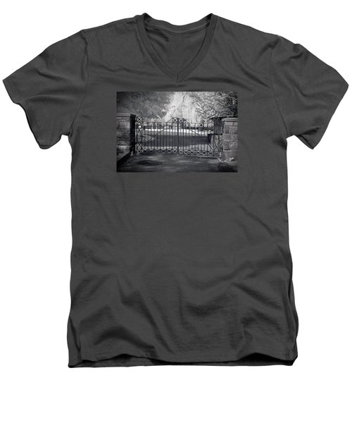 Entry To Salem Willows Men's V-Neck T-Shirt