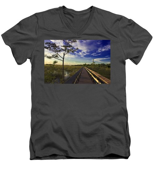 Everglades  Men's V-Neck T-Shirt