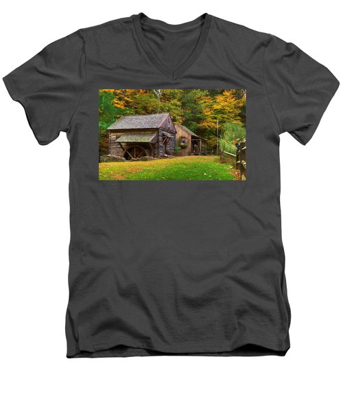 Fall Down On The Farm Men's V-Neck T-Shirt