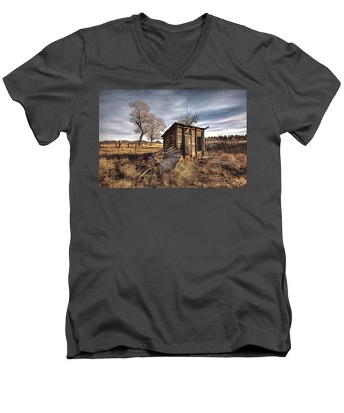 Fallen Windmill Men's V-Neck T-Shirt