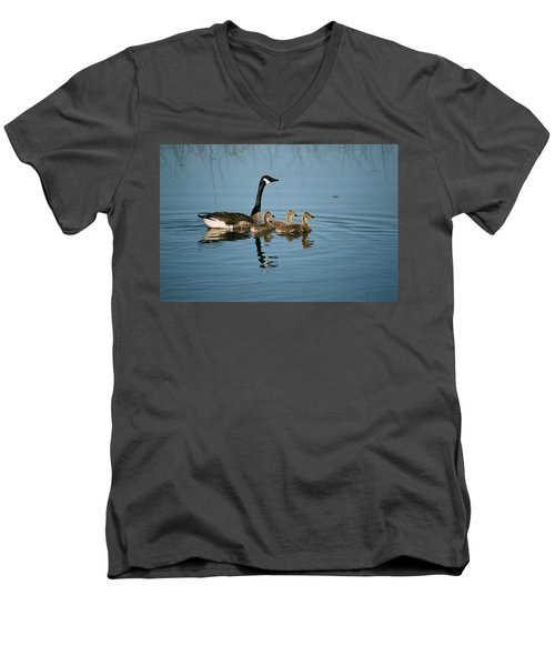 Family Outing Men's V-Neck T-Shirt