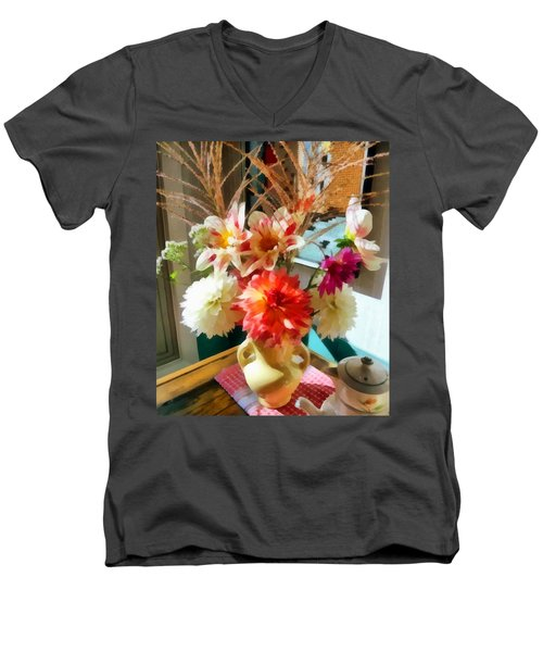 Farm Table Bouquet Men's V-Neck T-Shirt