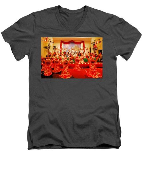 Feliz Navidad Men's V-Neck T-Shirt