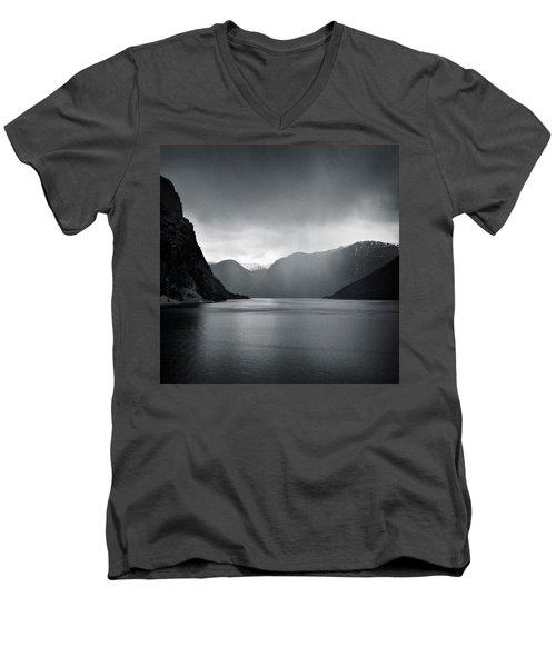 Fjord Rain Men's V-Neck T-Shirt
