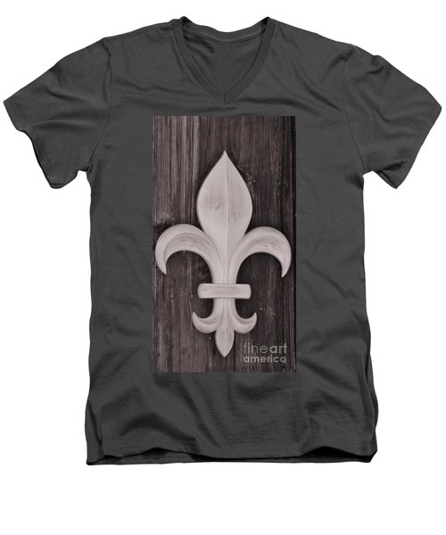 Fleur-de-lis Men's V-Neck T-Shirt by Janice Spivey