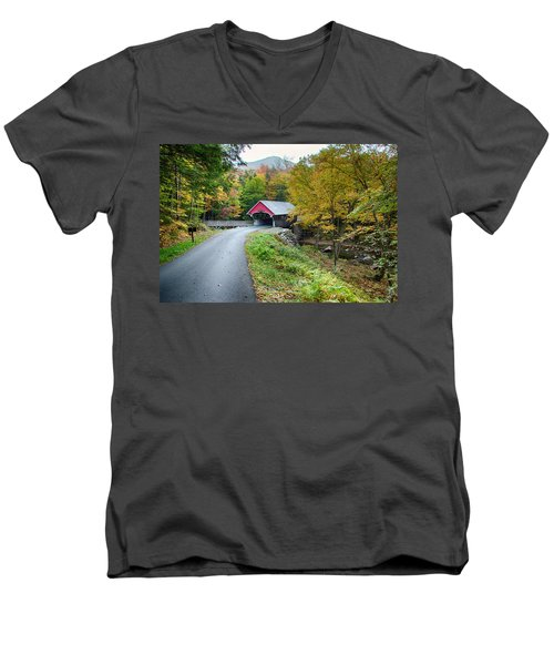 Flume Gorge Covered Bridge Men's V-Neck T-Shirt