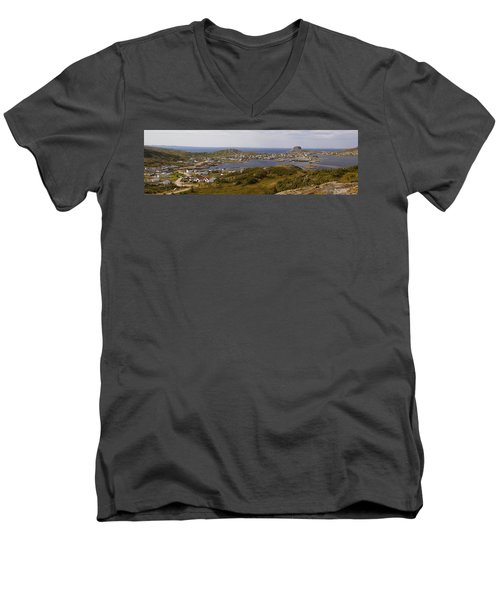 Fogo Men's V-Neck T-Shirt