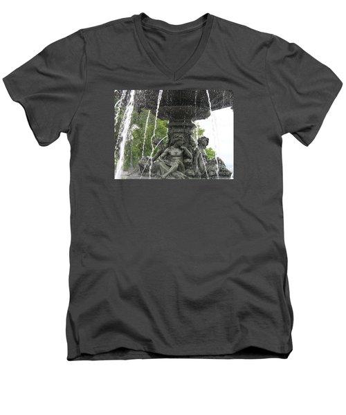 Fontaine De Tourny Men's V-Neck T-Shirt
