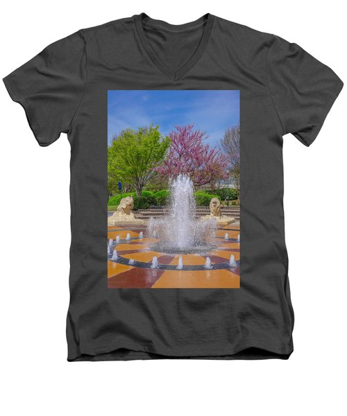 Fountain In Coolidge Park Men's V-Neck T-Shirt