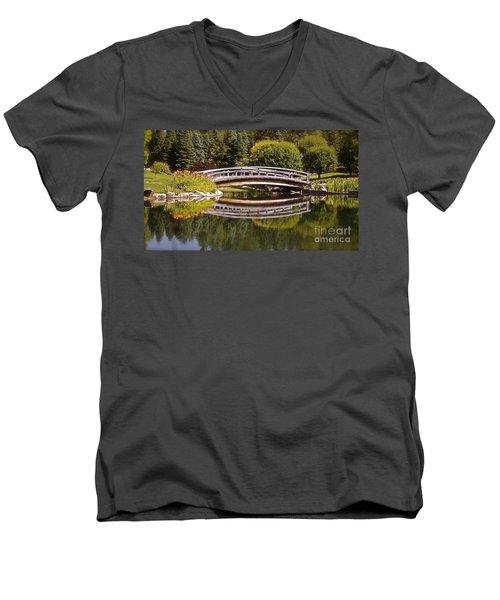 Garden Bridge Men's V-Neck T-Shirt