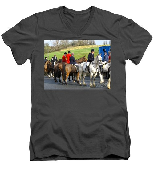 Gathering For The Hunt Men's V-Neck T-Shirt by Suzanne Oesterling