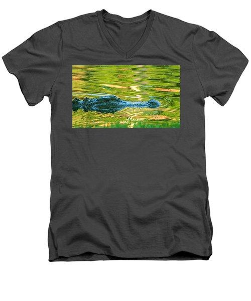 Gator In Pond Men's V-Neck T-Shirt