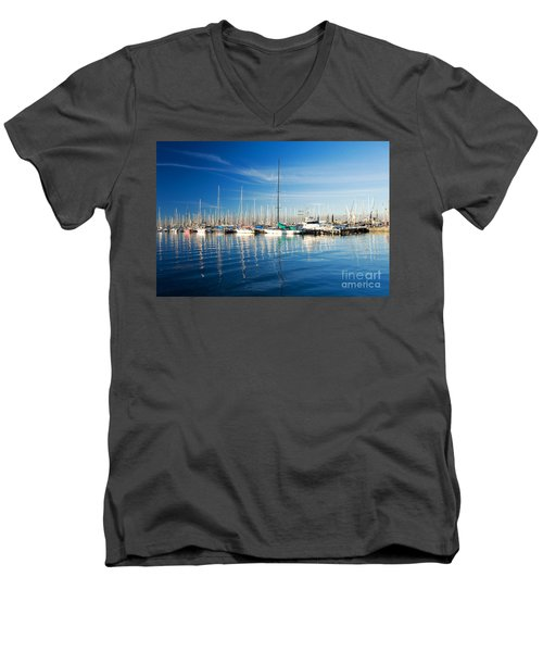 Men's V-Neck T-Shirt featuring the photograph Gem Pier Of Williamstown by Yew Kwang
