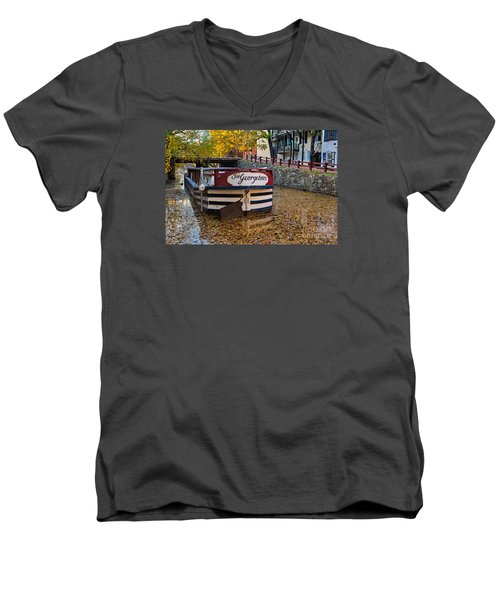 Georgetown Barge Men's V-Neck T-Shirt