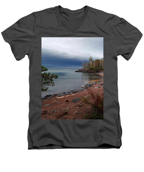 Get Lost In Paradise Men's V-Neck T-Shirt