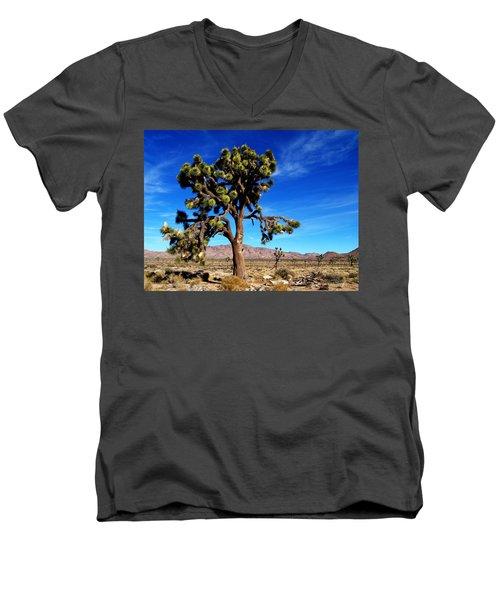 Giant Joshua Men's V-Neck T-Shirt