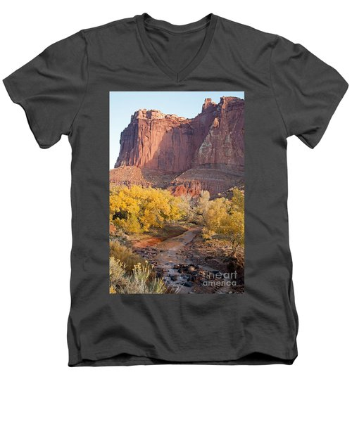 Gifford Farm Capitol Reef National Park Men's V-Neck T-Shirt