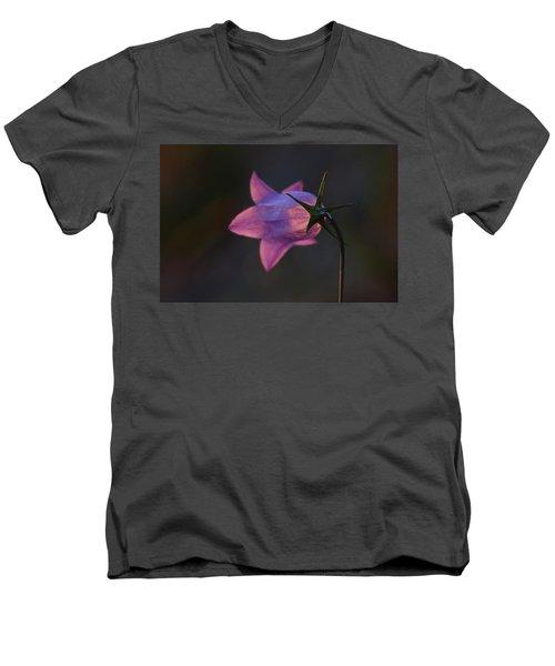 Glowing Sunset Flower Men's V-Neck T-Shirt