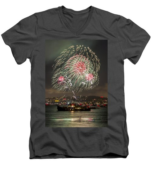 Golden Gate Bridge 75th Anniversary Fireworks 18 Men's V-Neck T-Shirt