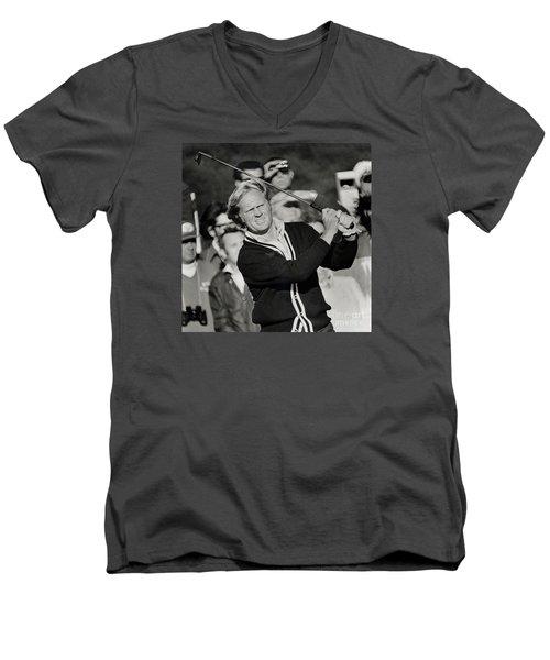 Golfer Jack William Nicklaus Born January 21 1940 Nicknamed The Golden Bear Men's V-Neck T-Shirt