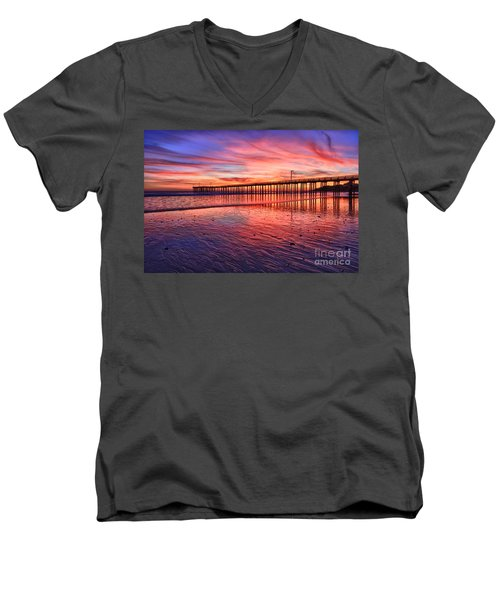 Grand Finale Men's V-Neck T-Shirt