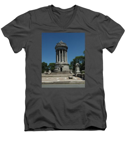 Men's V-Neck T-Shirt featuring the photograph Soldier's And Sailor's Monument New York City by Tom Wurl