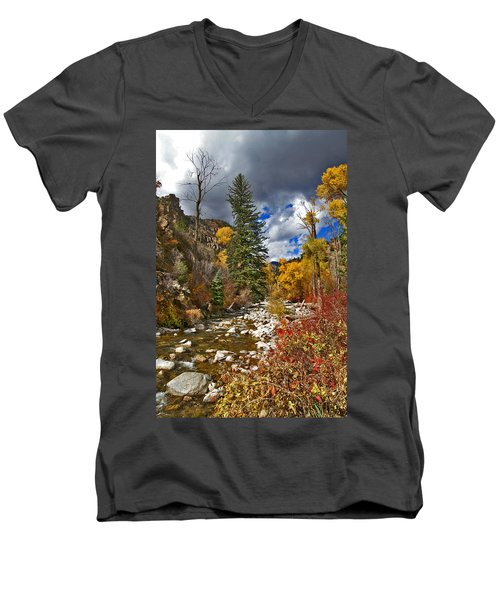 Men's V-Neck T-Shirt featuring the photograph Grizzly Creek Vertical by Jeremy Rhoades