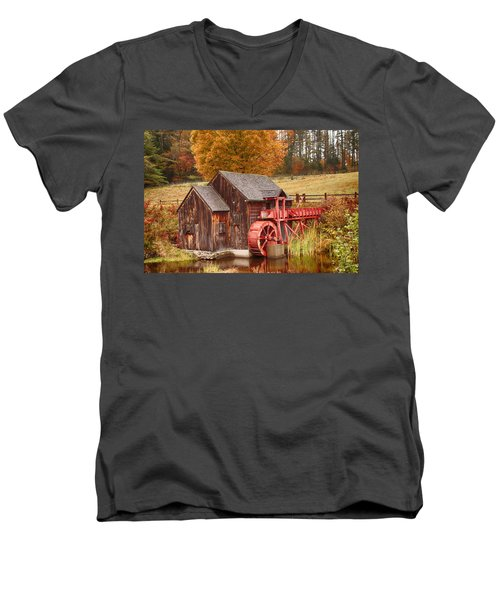 Men's V-Neck T-Shirt featuring the photograph Guildhall Grist Mill by Jeff Folger