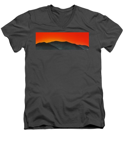Hakarimata Sunset Men's V-Neck T-Shirt
