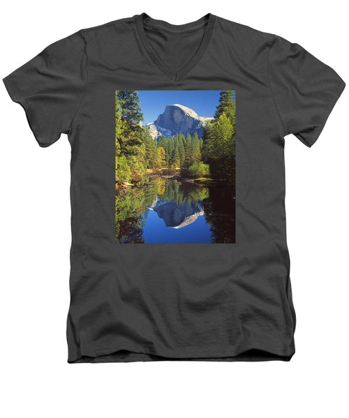 2m6709-half Dome Reflect - V Men's V-Neck T-Shirt