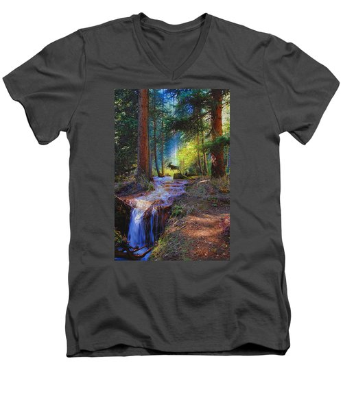 Hall Valley Moose Men's V-Neck T-Shirt