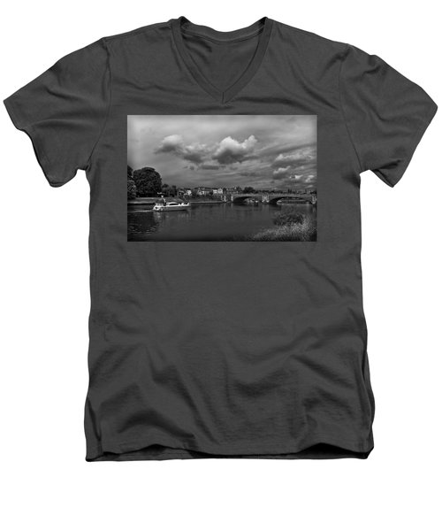 Hampton Bridge Men's V-Neck T-Shirt