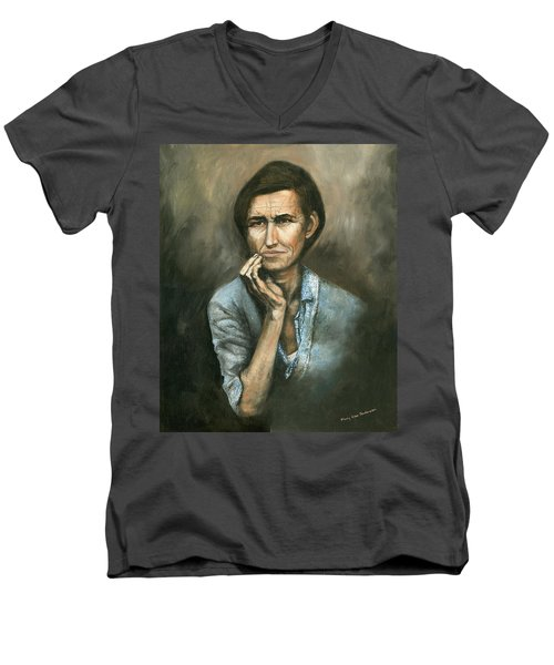 Hannah -timeless Beauty Men's V-Neck T-Shirt