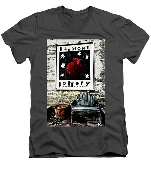 Harmony Pottery Men's V-Neck T-Shirt