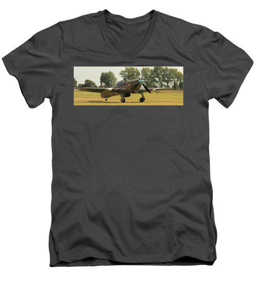 Hawker Hurricane Taxing Men's V-Neck T-Shirt