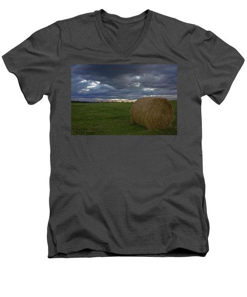 Hay Bail Men's V-Neck T-Shirt