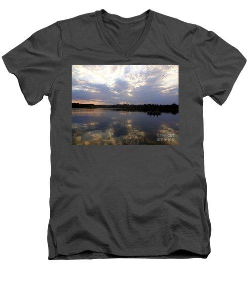 Heading Home On Lake Roosevelt In Outing Minnesota Men's V-Neck T-Shirt