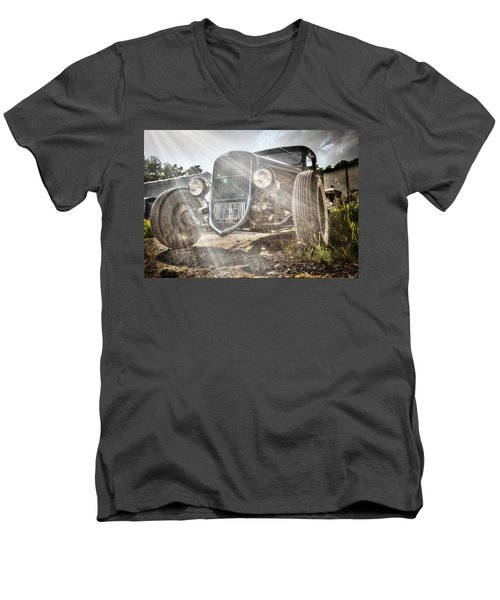 Heavens Model T Men's V-Neck T-Shirt