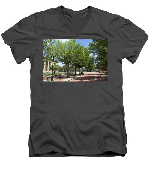 Lincoln Square Springfield Il - Luther Fine Art Men's V-Neck T-Shirt