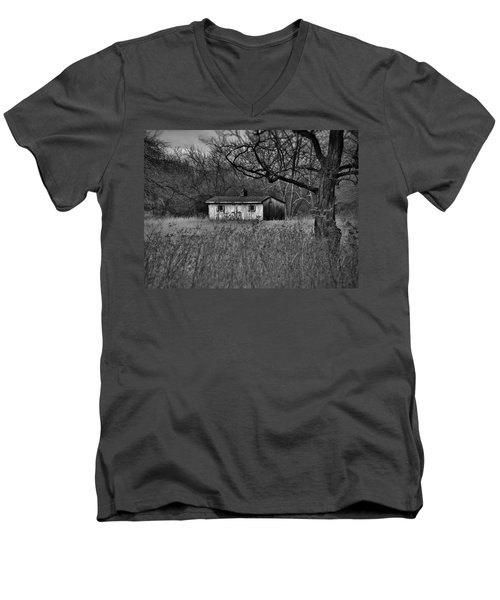 Horse Shed Men's V-Neck T-Shirt