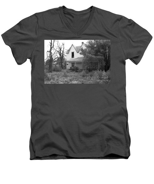 House At The End Of The Street Men's V-Neck T-Shirt