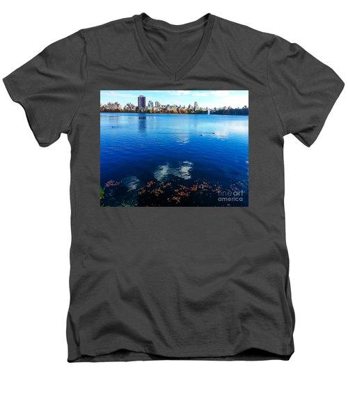 Hudson River Fall Landscape Men's V-Neck T-Shirt