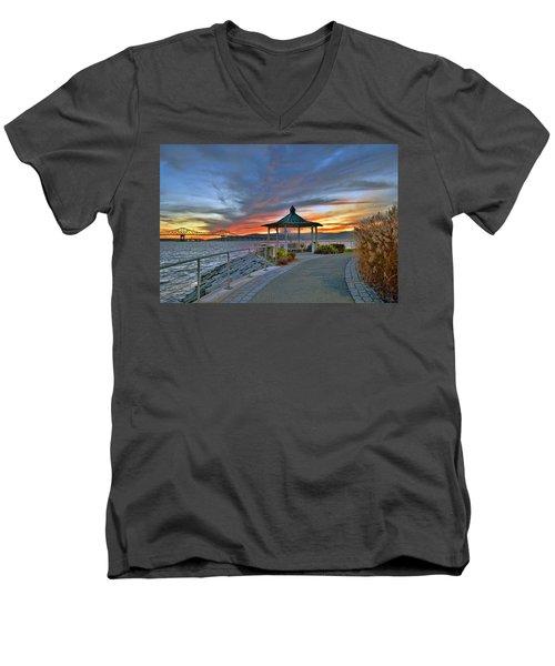 Hudson River Fiery Sky Men's V-Neck T-Shirt