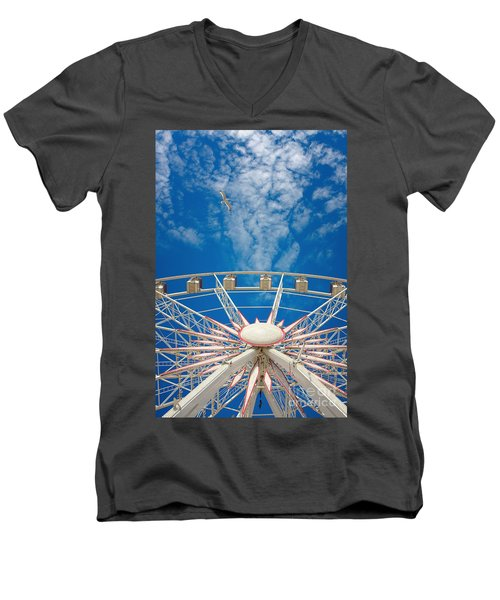 Huge Ferris Wheel Men's V-Neck T-Shirt