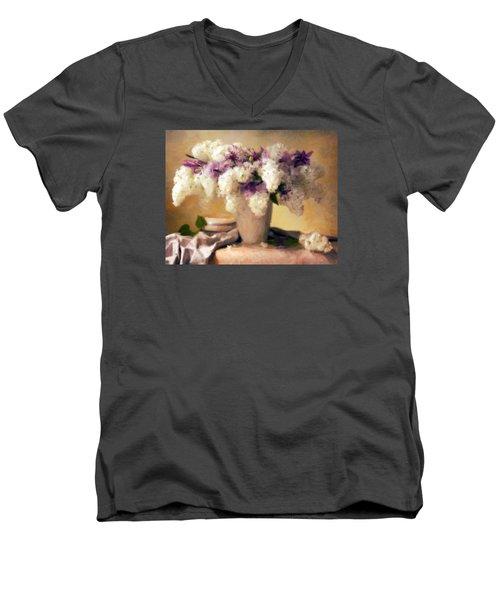 Hydrangea Summer Display Men's V-Neck T-Shirt