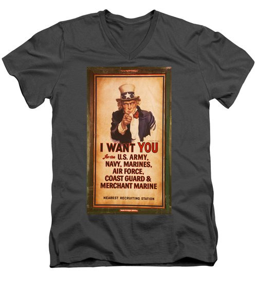 I Want You Men's V-Neck T-Shirt