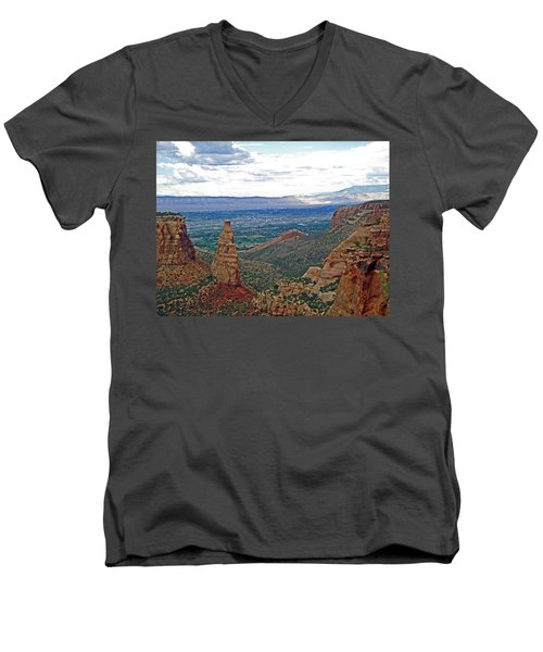 Independence Monument In Colorado National Monument Near Grand Junction-colorado Men's V-Neck T-Shirt by Ruth Hager