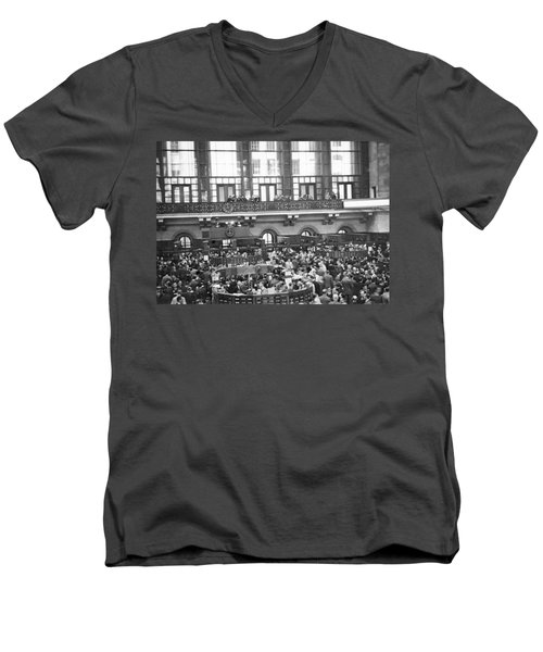 Interior Of Ny Stock Exchange Men's V-Neck T-Shirt